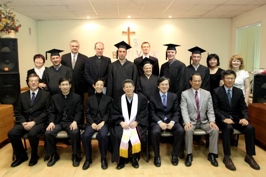미르신학교 졸업식(제13회 2011.5.28).jpg